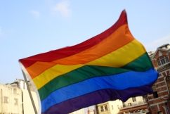 Flyingrainbowflag